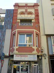 verzierte Häuserfassade