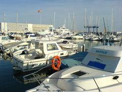 Boote im Jachthafen