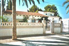 Casa Carsten Front