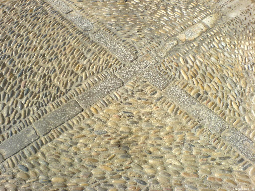 Steinverzierter Boden von Peñíscola