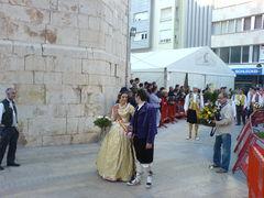 Mann und Frau in traditioneller, spanischer Tracht.