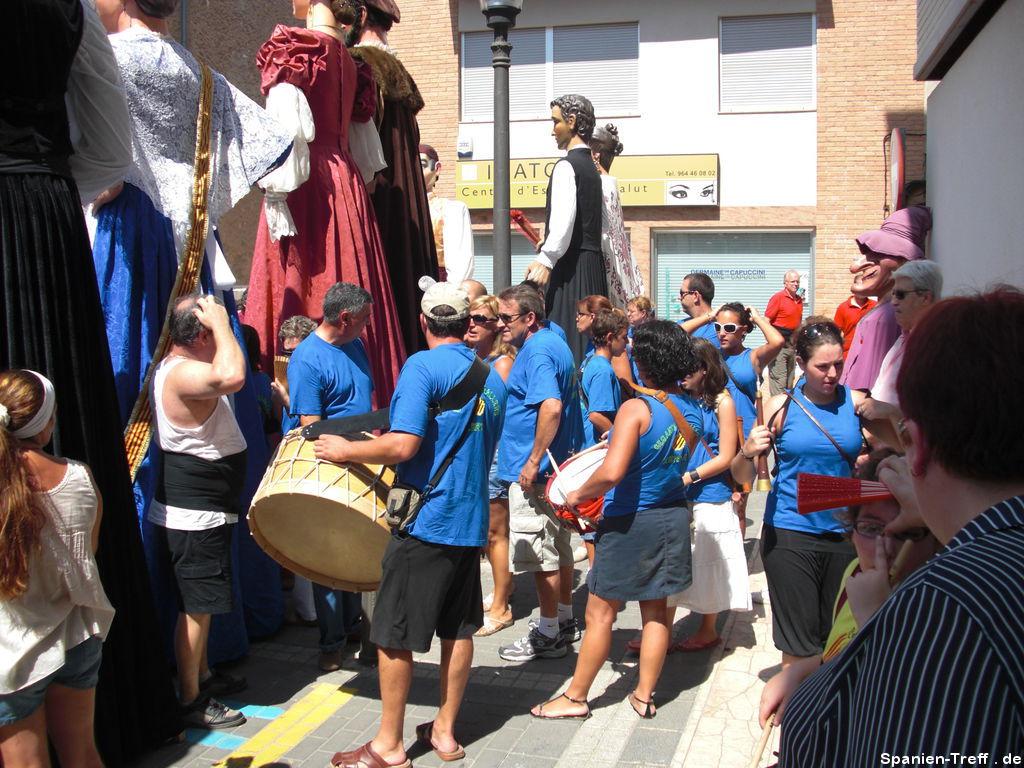 Musiker hinter den Riesen - Gigantes y Cabezudos