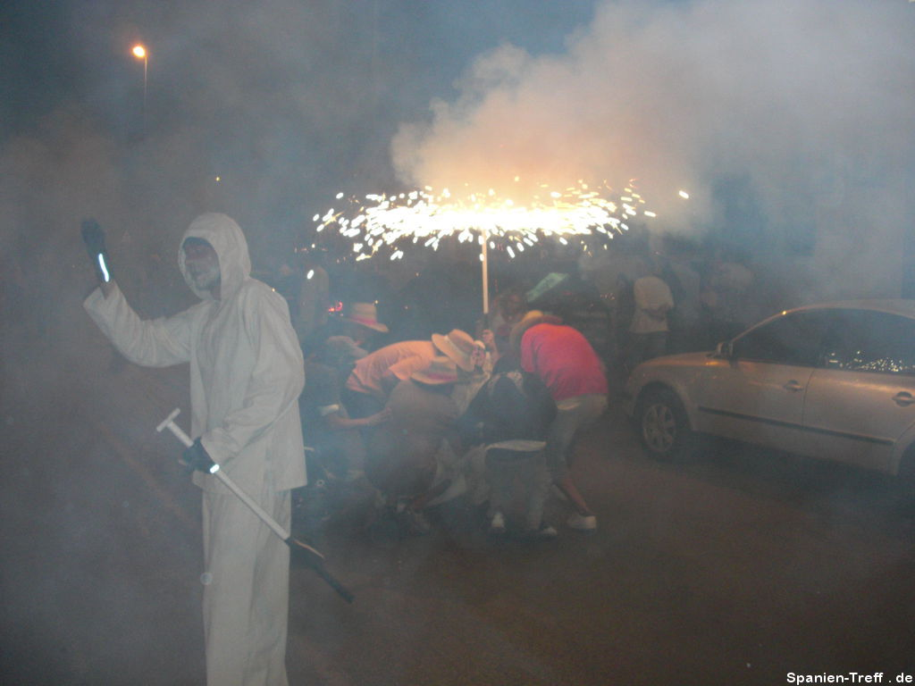 Correfoc - Der Feuertanz unterm Feuerschirm