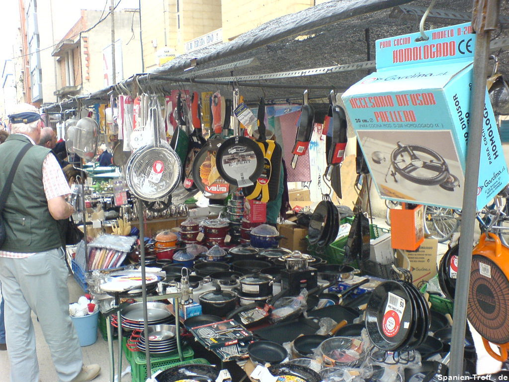 Straßenmarkt in Benicarló