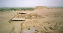 Wohnbereich und Begräbnisorte