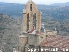Kirchturm mit Glocken in Morella,